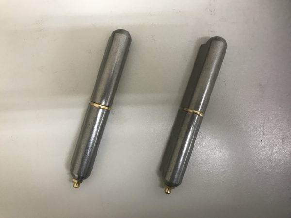 Greasable Bullet Hinge